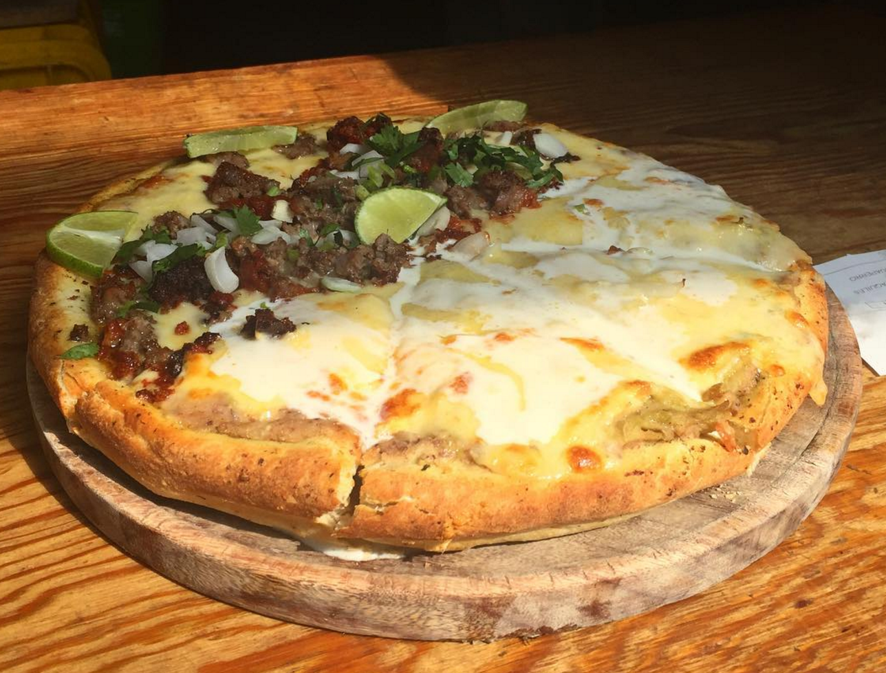 chilaquiles pizza